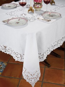 Florence Tablecloth made on 100% Italian Linen.