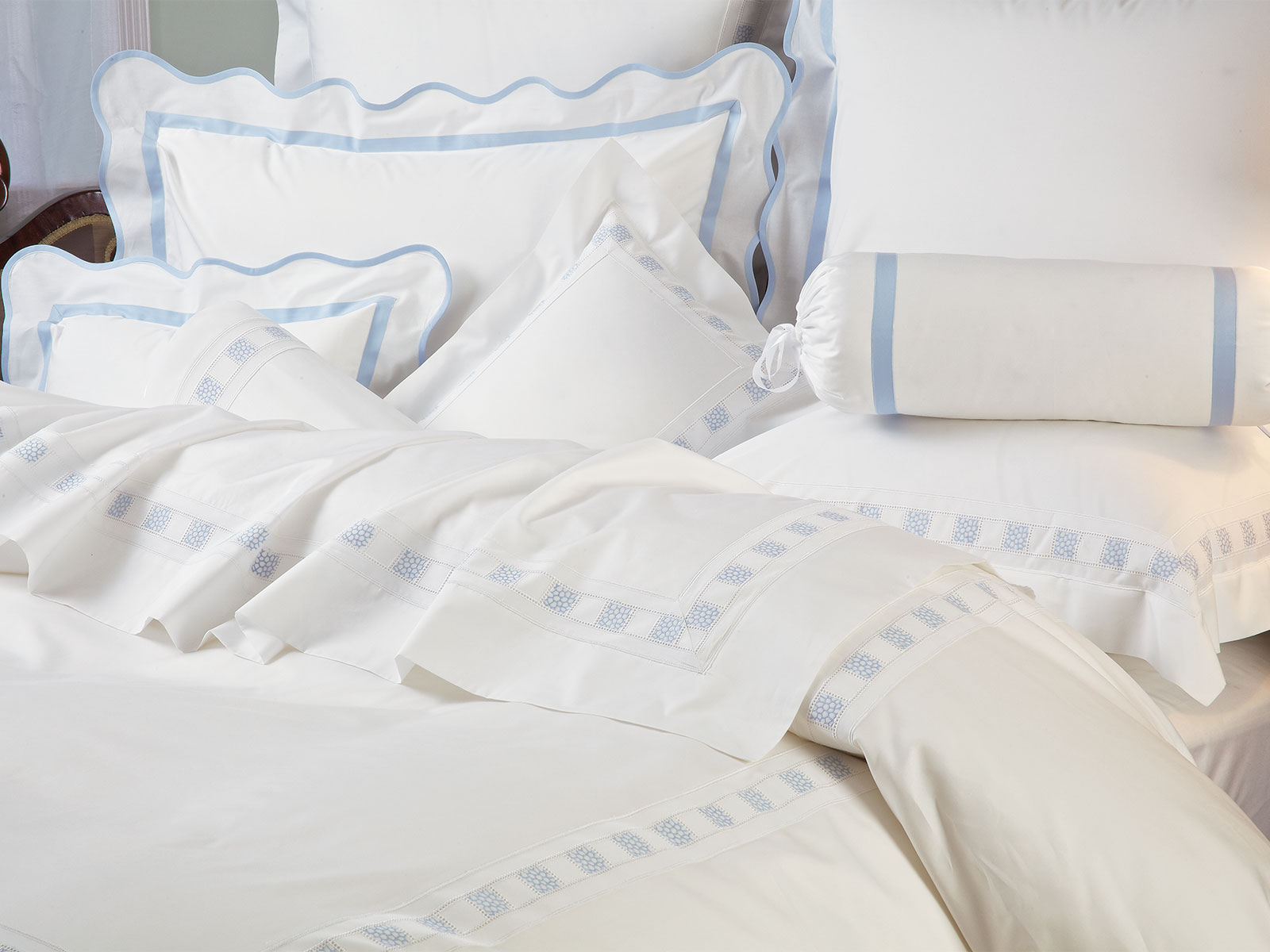 Bellezza Prato Blue Bedding