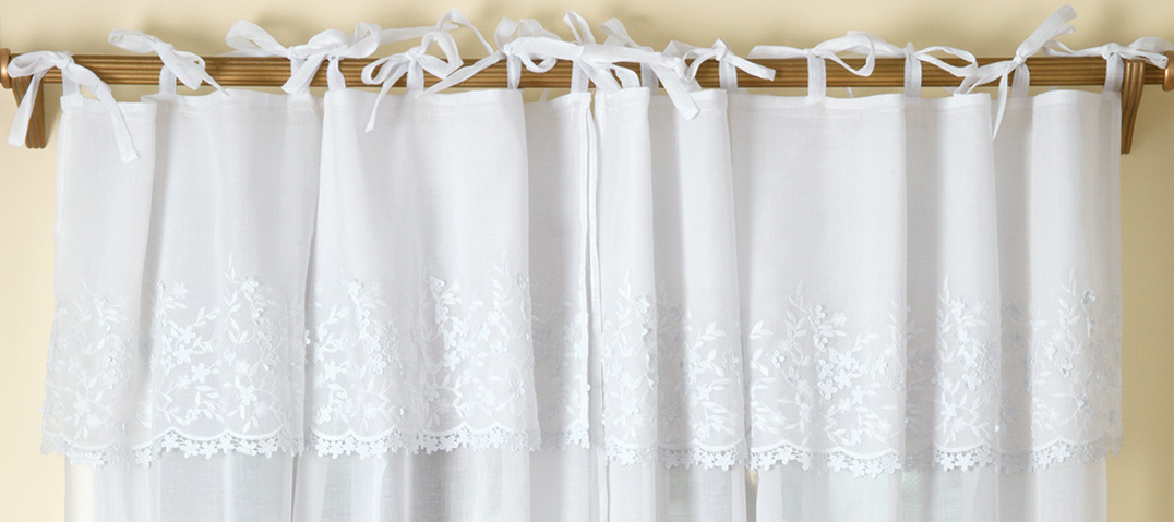 Curtain MayFlowers