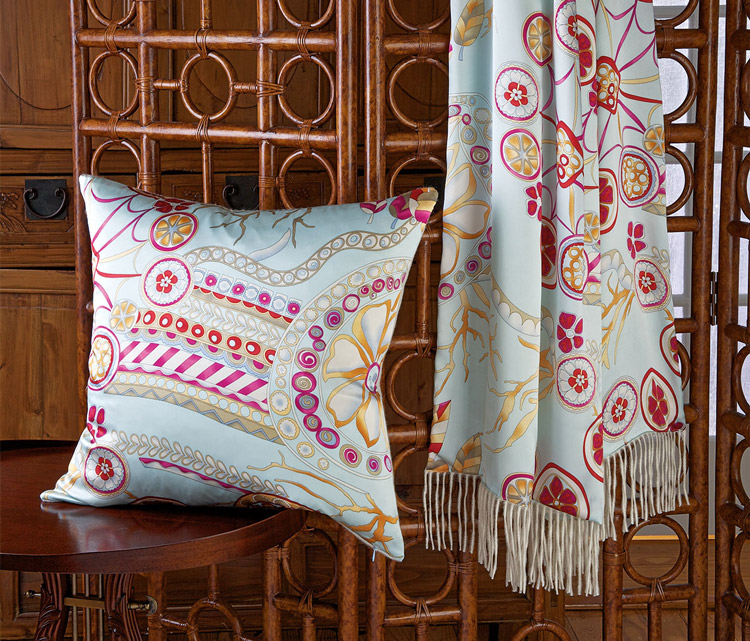 Marcella Pillow & Throw: Silk backed in Cashmere