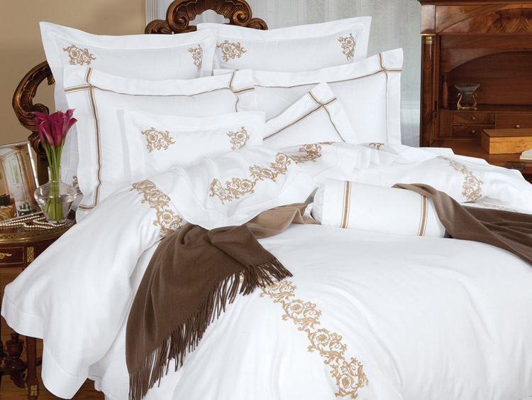 Royal Scroll New York Bed Linen