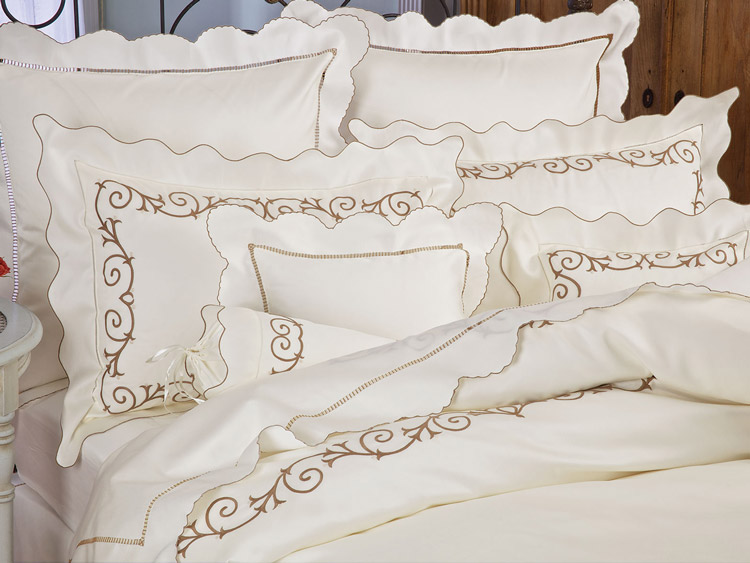Artfully Designed Sheets Embroidery Schweitzerlinen