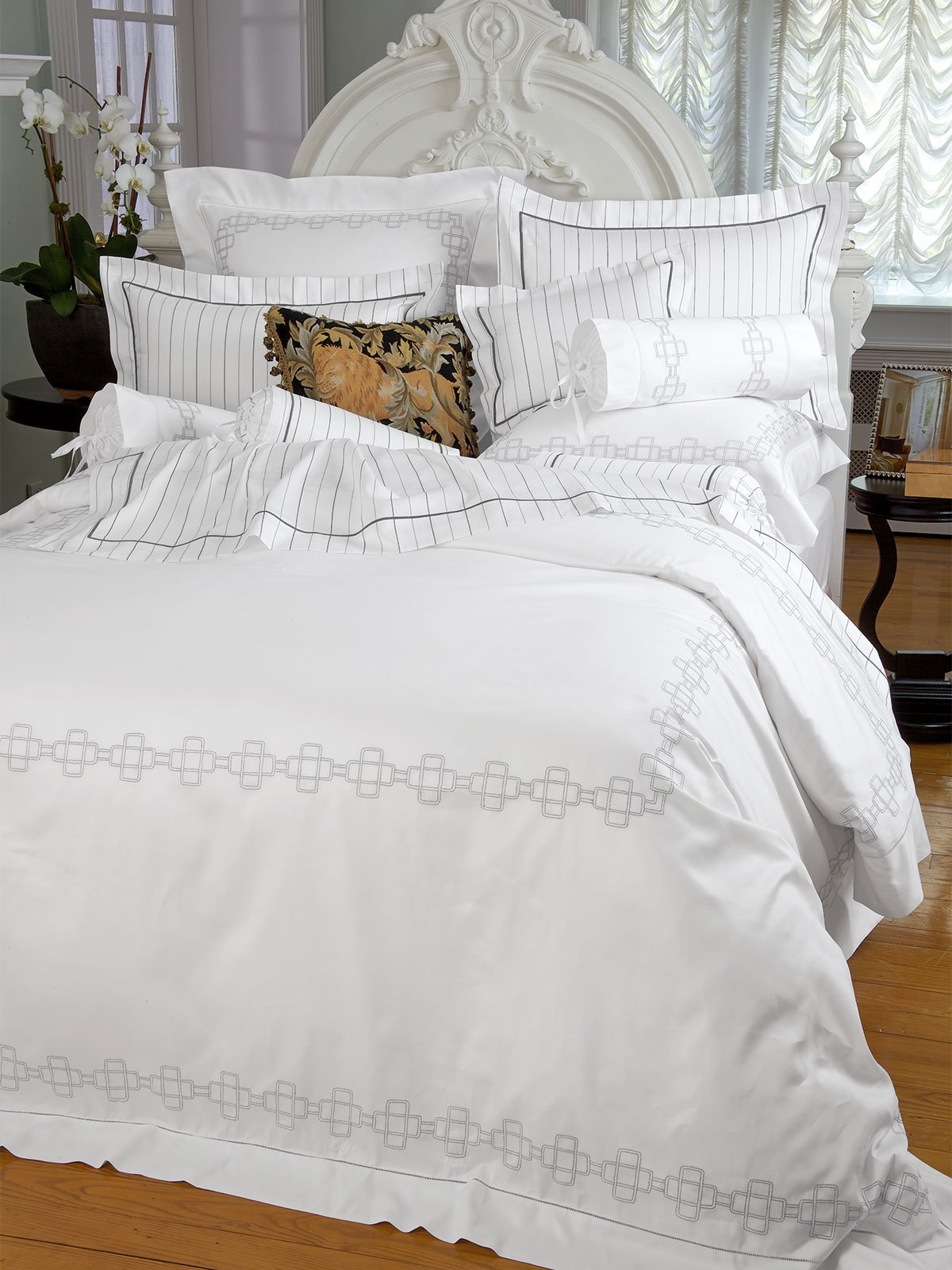 Fifth Ave Bedding