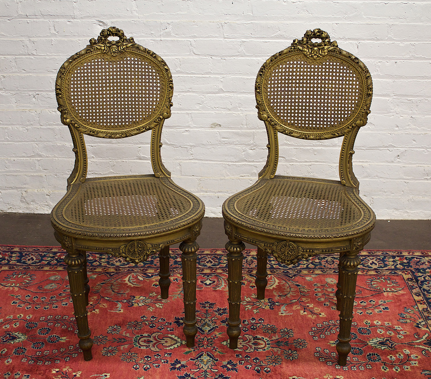 Chairs_Dore_