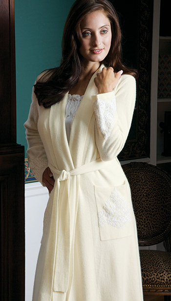 Contessa_Ivory_Robe