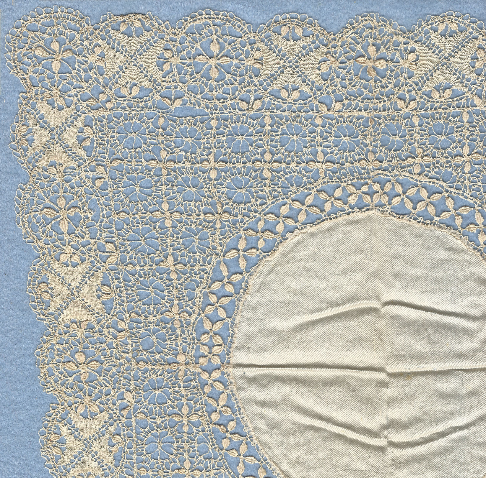 Maltese lace By Joedkins (Own work) Retrieved from Wikimedia Commons