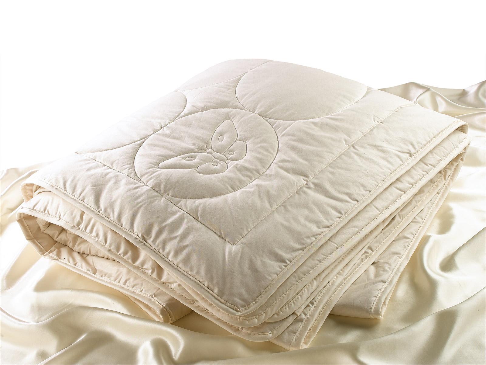 Natural Silk filled Comforter