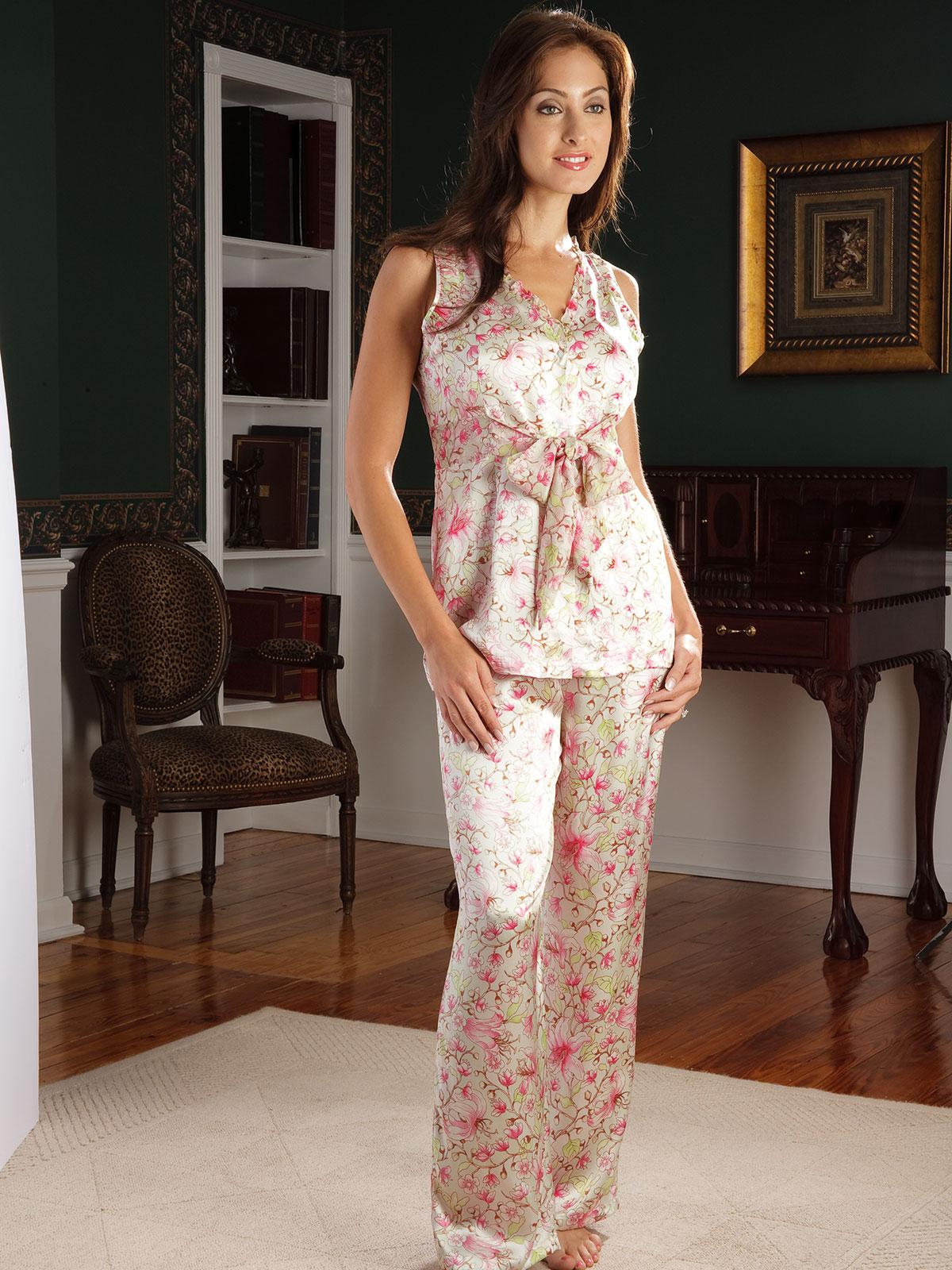 Cherry Blossom - Luxury Nightwear - Schweitzer Linen