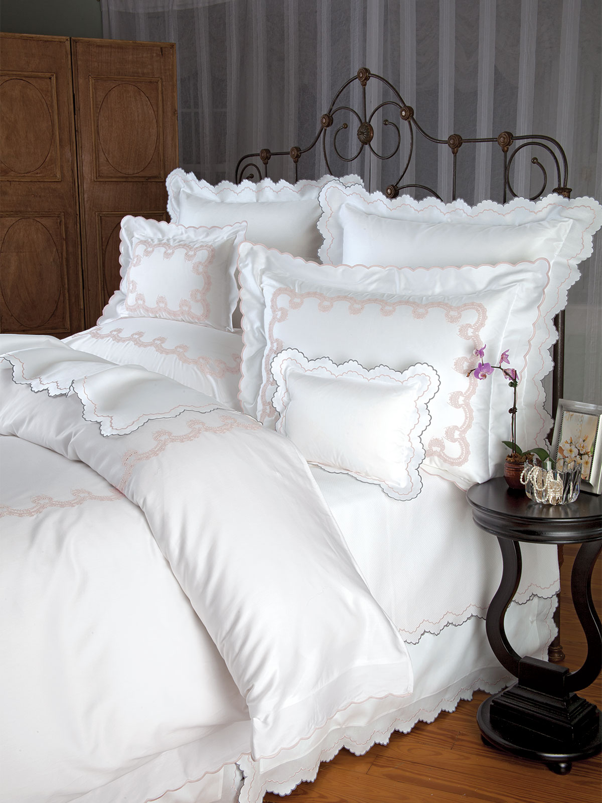 Crown Lace Luxury Bedding Italian Bed Linens