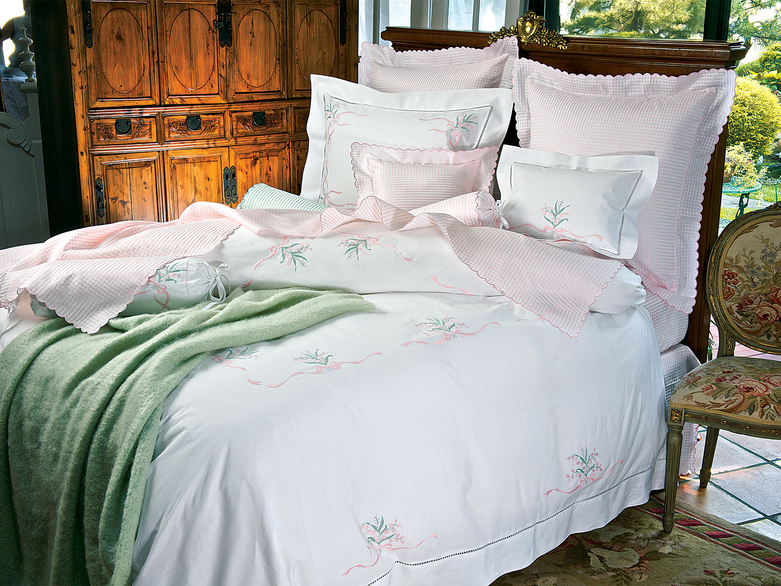 Lily Luxury Bedding Italian Bed Linens Schweitzer Linen