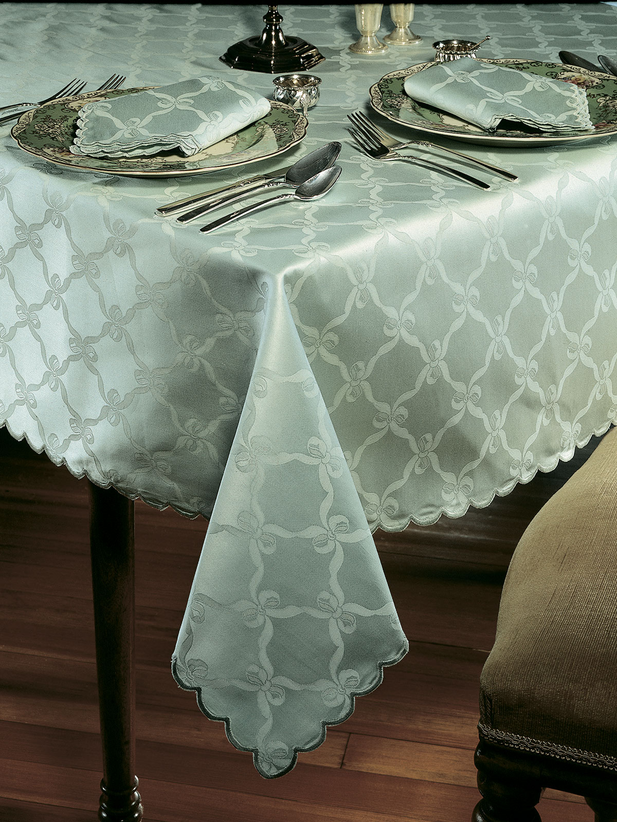 Astor Fine Table Linens Schweitzer Linen