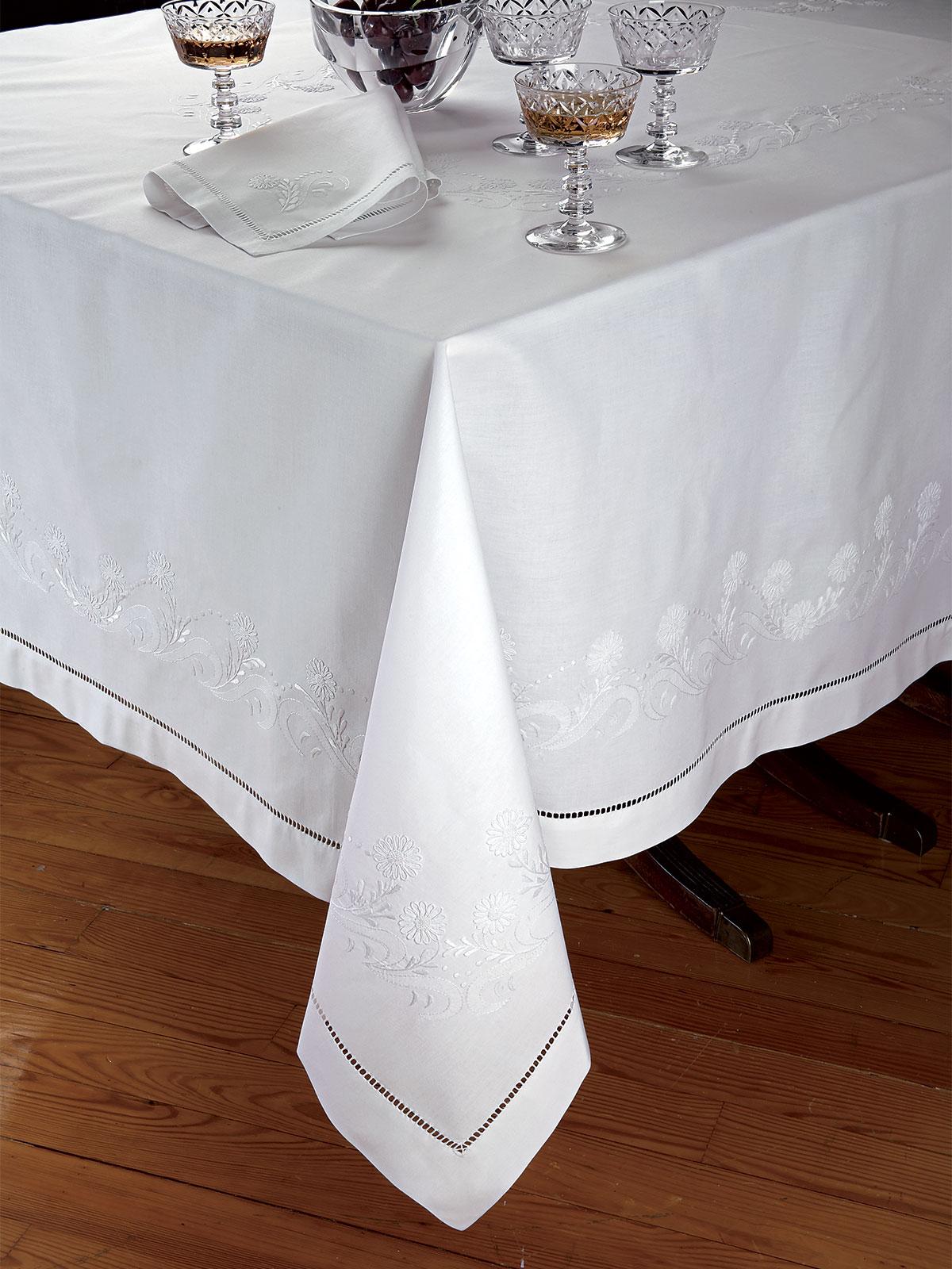 Duchess Fine Table Linens Schweitzer Linen
