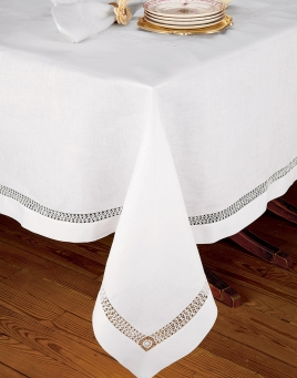 Chateau Blanc Table Cloth