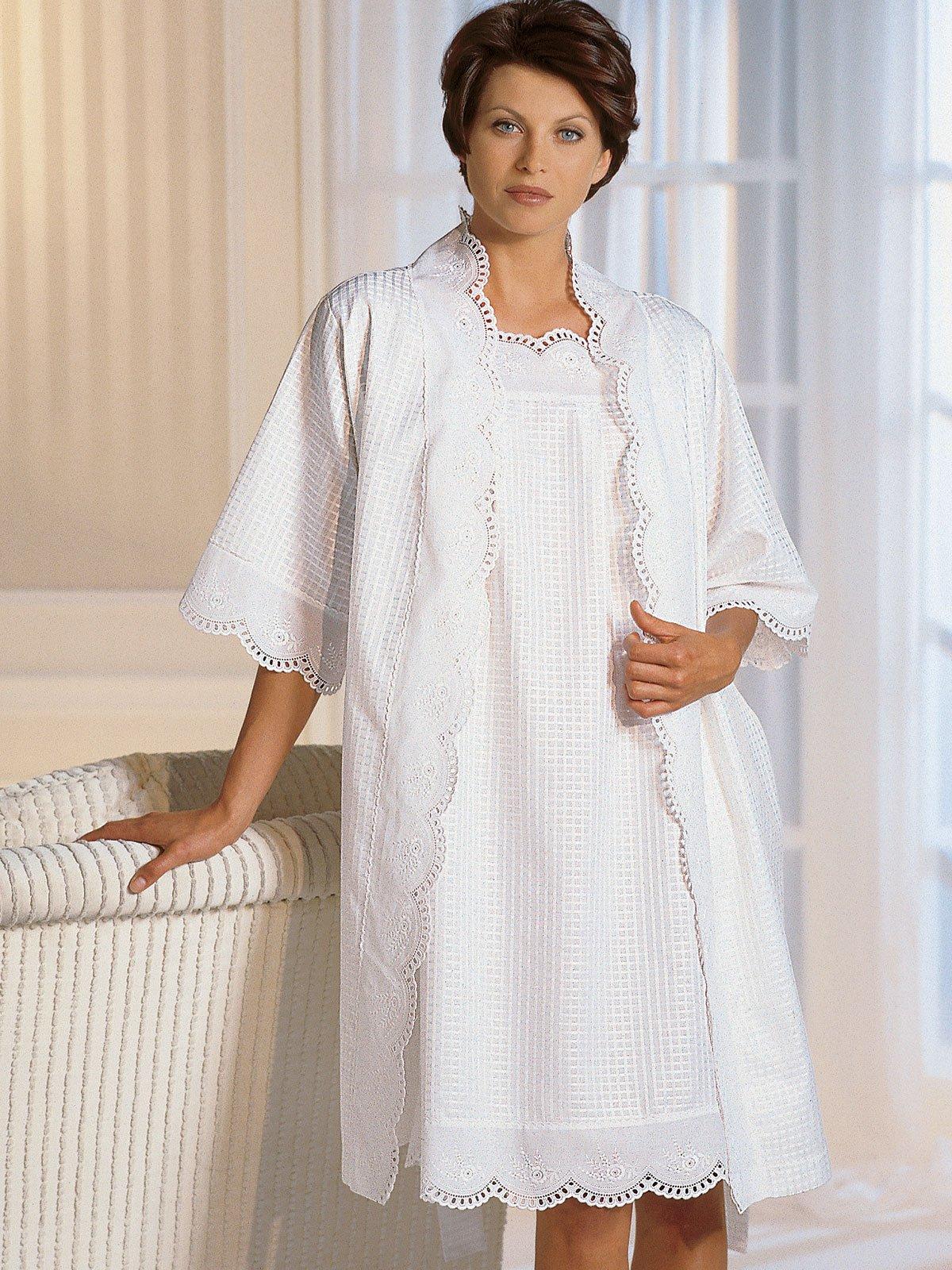 Cancellino Luxury Nightwear Schweitzer Linen